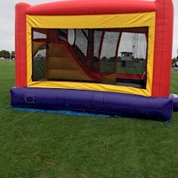 /home/aaronsam/public_html/site/assets/files/2277/3_in_1_side_jumping_castle_party_hire_melbourne_entertainment.jpg/